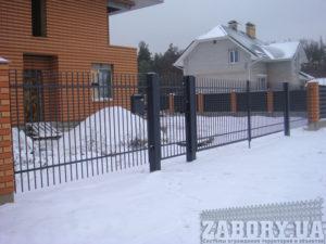 Может ли забор металлический бетонный считаться движимым имуществом